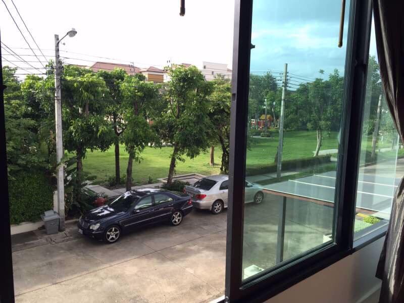 ขายทาวน์โฮม-2ชั้น-the-villa-ย่านรามอินทรา-ใกล้รถไฟฟ้า